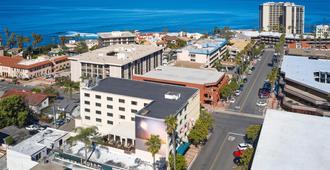 Empress Hotel of La Jolla - San Diego - Vista del exterior