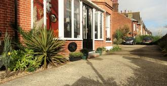 The Corner House - Lowestoft - Outdoor view