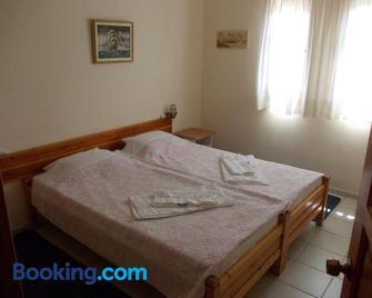 Philippos Apartments - Afissos - Bedroom