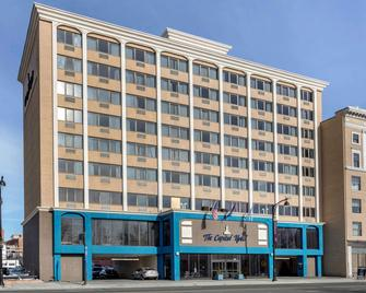 The Capitol Hotel Ascend Hotel Collection - Hartford - Building