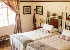 Woodlands Stop Over And Lodge - Francistown - Bedroom