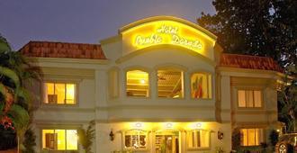 Hotel Pueblo Dorado - טאמרינדו