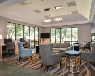 Holiday Inn Lumberton, An IHG Hotel - Lumberton - Lounge