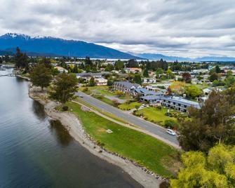 Lakeside Motel And Apartments - Te Anau - Te Anau - Outdoor view