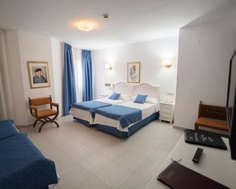 Hotel Pozo del Duque II - Zahara de los Atunes - Schlafzimmer