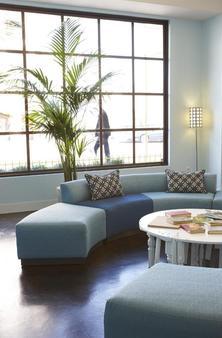 Good Hotel - San Francisco - Living room