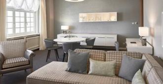 Travel Charme Kurhaus Binz - Binz - Sala de estar