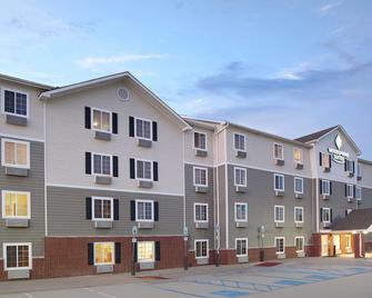 Woodspring Suites Denton - Denton - Building