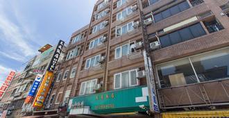 Day Chen Hotel - Yilan City - Building