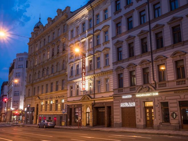 Alton - Prague - Building