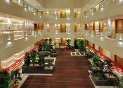 Platinum Hotel - Rajkot - Lobby