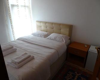 Casa De Vagos Bozcaada - Bozcaada - Bedroom