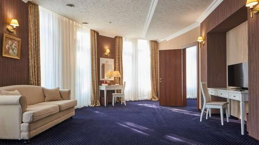 City Holiday Resort & Spa - Kyiv - Bedroom