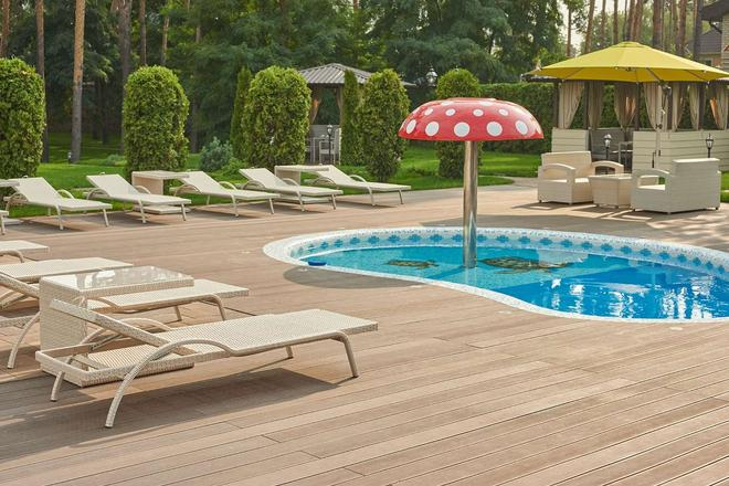 City Holiday Resort & Spa - Kyiv - Bể bơi