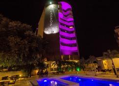 Garbos Trade Hotel - Mossoró - Building