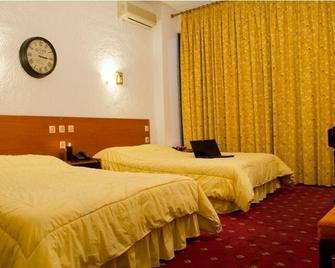 Oscar Hotel - Игуменица - Спальня