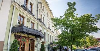 Hotel Pod Zlota Róza - Kielce - Edificio