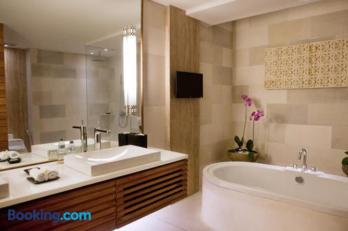 Maca Villas and Spa - Kuta - Bathroom