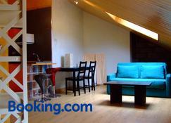 Apartamentos Altuzarra - Ezcaray - Living room