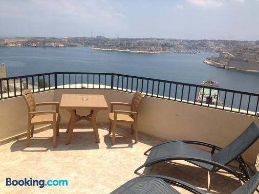 Grand Harbour Hotel - Valletta - Balcony