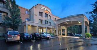 Courtyard by Marriott Providence Warwick - Warwick