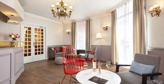 Hotel de Sevigne - Paris - Aufgang