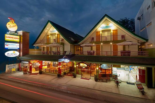 Shore Time Hotel - Boracay - Rakennus