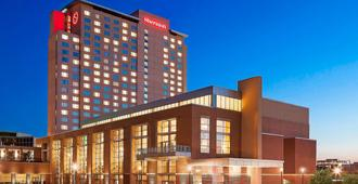 Sheraton Overland Park Hotel at the Convention Center - Overland Park - Building
