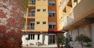 朱斯蒂6住宅酒店 - 米蘭 - 建築