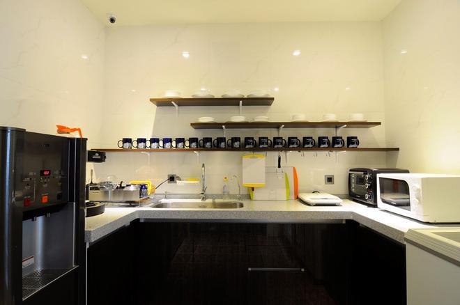 太空艙衡陽館 - 台北 - 廚房