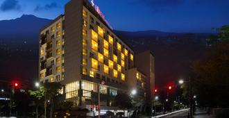 Hotel Bareve - Seogwipo - Building