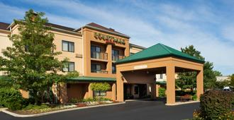 Courtyard by Marriott Toledo Maumee/Arrowhead - Maumee