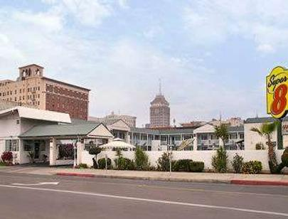 Travelodge by Wyndham Fresno Convention Center Area - Fresno - Cảnh ngoài trời
