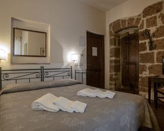Albergo Scilla - Sorano - Schlafzimmer
