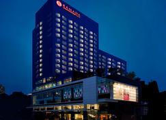 라마다 프라자 수원 호텔 - 수원 - 건물
