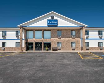 Travelodge by Wyndham Spearfish - Spearfish - Edificio