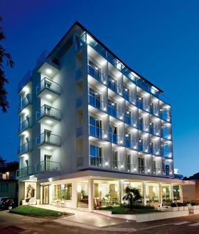 Hotel Atlantic - Gabicce Mare - Toà nhà