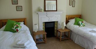 Old Church House - Newport - Bedroom