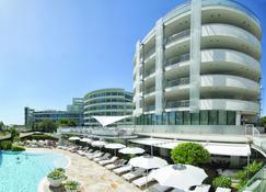 Hotel Premier & Suites - Premier Resort - Milano Marittima - Gebäude