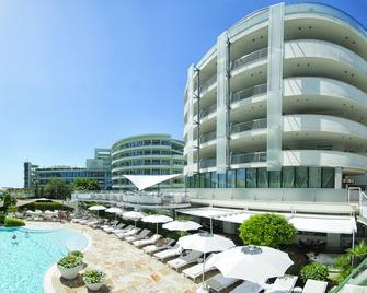 Hotel Premier & Suites - Premier Resort - Milano Marittima - Rakennus