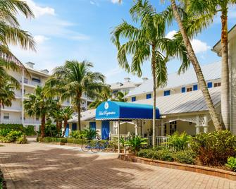 Olde Marco Island Inn And Suites - Marco Island - Gebouw