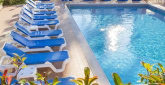 Hotel Gandia - Gandia - Svømmebasseng