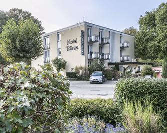 Hotel Bären - Bad Krozingen - Building