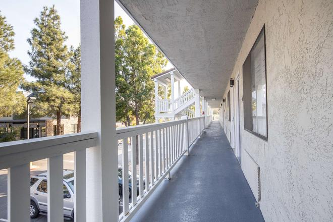 SureStay Hotel by Best Western Fairfield Napa Valley - Fairfield - Balkon