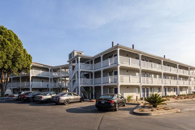 SureStay Hotel by Best Western Fairfield Napa Valley - Fairfield - Gebäude