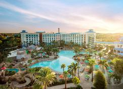 Universal's Loews Sapphire Falls Resort - Orlando - Building