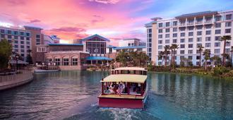 Universal's Loews Sapphire Falls Resort - אורלנדו - בניין