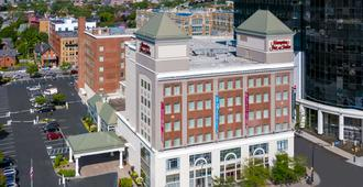Hampton Inn & Suites Buffalo/Downtown - Buffalo - Bygning
