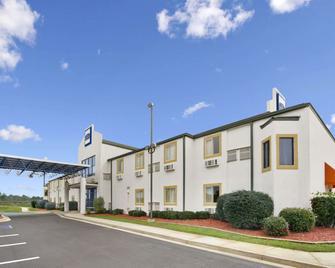 Howard Johnson Tifton - Tifton - Building