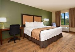Extended Stay America - Chicago - Woodfield Mall - Schaumburg - Bedroom